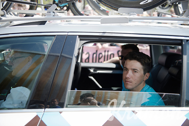 Domenico Pozzovivo (ITA/Ag2r-La Mondiale) in the teamcar (for an extra recon run) behind a teammate that has an early start <br /> <br /> stage 1: Apeldoorn prologue 9.8km<br /> 99th Giro d'Italia 2016