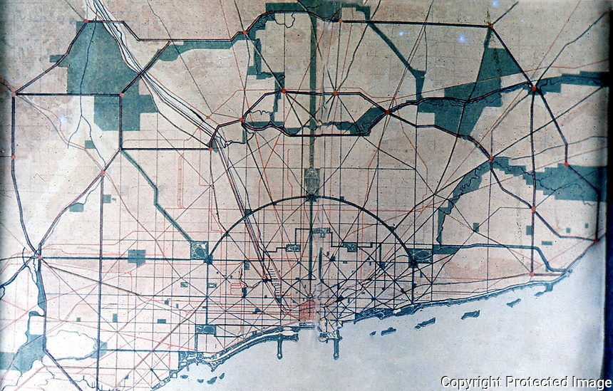 Burnham Plan:  Chicago--General map showing topography, waterways, complete system streets.