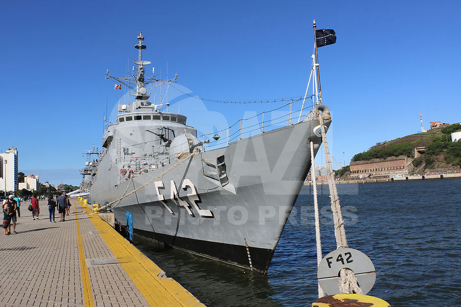 VITÓRIA, ES, 11.05.2019 - MARINHA-ES - Fragata Constituição F42, da Marinha do Brasil aberta a visitação pública no Porto de Vitória - ES, neste sábado, 11. ( Foto Charles Sholl/Brazil Photo Press/Folhapress)