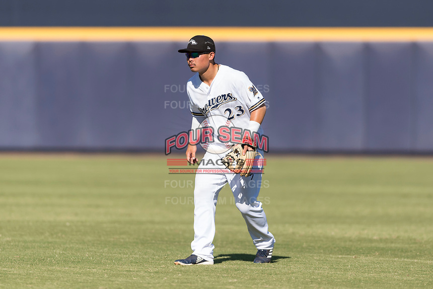 Peoria Javelinas second baseman Keston Hiura (23), of the Milwaukee Brewers organization, during an Arizona Fall League game against the Glendale Desert Dogs at Peoria Sports Complex on October 22, 2018 in Peoria, Arizona. Glendale defeated Peoria 6-2. (Zachary Lucy/Four Seam Images)