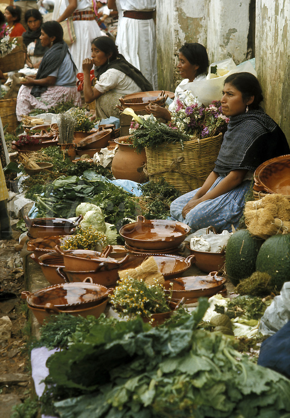 Mexico, Puebla State, women at Sunday market market in small town: Cuetzalan..