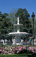 Southern town of Savannah, Georgia,  fountain in Forsyth Park, USA