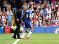Pictured L-R: Chelsea manager Jose Mourinho gives instructions to Eden Hazard.  Saturday 13 September 2014<br /> Re: Premier League Chelsea FC v Swansea City FC at Stamford Bridge, London, UK.