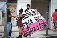 Campinas (SP), 09/02/2021 - Justiça-SP - Familiares e amigos de Andrew Silva Jaroczinski, de 19 anos, após uma briga no bar Velho Casarão, na região central de Campinas (SP), em 9 de fevereiro de 2021 realizam um ato em frente do Palácio da Justiça para lembrar um ano da morte do adolescente e que a família aguarda uma resposta da justiça sobre o caso.