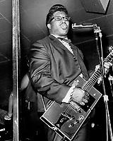 Bo Diddley<br />  dans les annees 60
