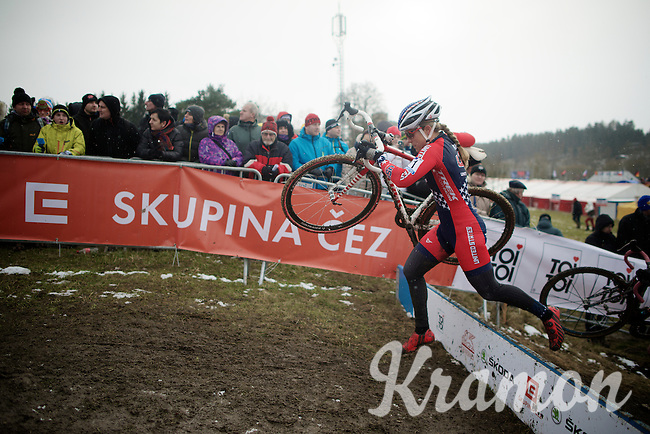 Katherine 'Katie' Compton (USA/Trek) jumping the barriers<br /> <br /> Elite Women's Race<br /> <br /> 2015 UCI World Championships Cyclocross <br /> Tabor, Czech Republic