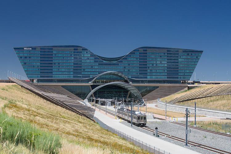 Westin Hotel at Denver International Airport   HNTB