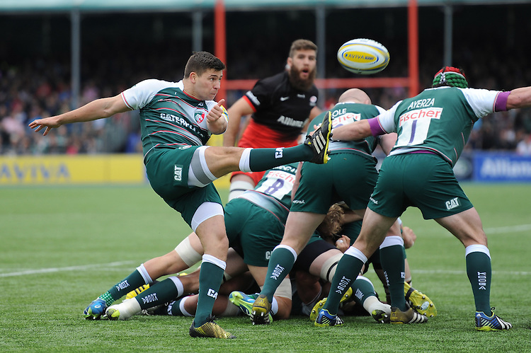 Ben Youngs of Leicester Tigers sends up a box kick during the Aviva Premiership semi final match between Saracens and Leicester Tigers at Allianz Park on Saturday 21st May 2016 (Photo: Rob Munro/Stewart Communications)
