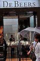 De Beers in the upmarket Ginza area of Central Tokyo, 17th September, 2008.<br /><br />PHOTO BY RICHARD JONES / SINOPIX