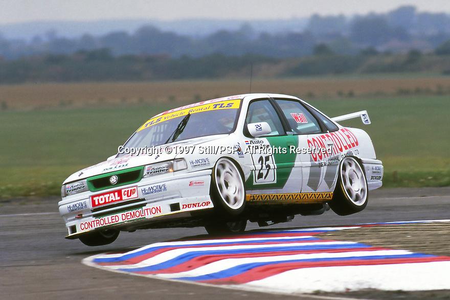 1997 British Touring Car Championship. Round 6. #25 Jamie Wall (GBR). Mint Motorsport. Vauxhall Cavalier.