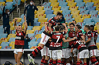 Rio de Janeiro (RJ), 15/07/2020 - Flamengo-Fluminense - Vitinho comemora gol. Partida entre Flamengo e Fluminense, válida pela final do Campeonato Carioca 2020, no Estádio Jornalista Mário Filho (Maracanã), na zona norte do Rio de Janeiro, nesta quarta-feira (15).