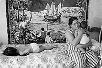- the family of a fishermen immigrated from Tunisia in Mazara del Vallo....- la famiglia di un pescatore immigrato tunisino a Mazara del Vallo