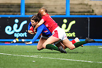 Cyrielle Banet of France scores her sides first try during the Women's Six Nations Championship Round 3 match between Wales and France at the Cardiff Arms Park in Cardiff, Wales, UK. Sunday 23 February 2020