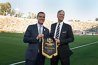 Photo before the match Brazil vs Ecuador, Corresponding Group -B- America Cup Centenary 2016, at Rose Bowl Stadium<br /> <br /> Foto previo al partido Brasil vs Ecuador, Correspondiante al Grupo -B-  de la Copa America Centenario USA 2016 en el Estadio Rose Bowl, en la foto: Eric Garcetti<br /> <br /> <br /> 04/06/2016/MEXSPORT/Omar Martinez.