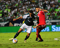 PALMIRA - COLOMBIA, 18-10-2018: Jose Sand (Izq) del Deportivo Cali disputa el balón con Diego Herner (Der) de América de Cali durante partido por la fecha 15 de la Liga Aguila II 2017 jugado en el estadio Palmaseca de Cali. / Jose Sand (L) player of Deportivo Cali fights for the ball with Diego Herner (R) player of America de Cali during match for the date 15 of the Aguila League II 2017 played at Palmaseca stadium in Cali.  Photo: VizzorImage/ Nelson Rios / Cont