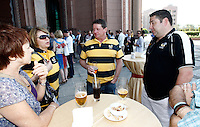Photo: Richard Lane/Richard Lane Photography. London Wasps in Abu Dhabi for their LV= Cup game against Harlequins on 30th January 2011. 30/01/2011. Steve Hayes at the Wasps supporters drinks at the Emirates Palace Hotel.