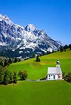 Austria, Salzburger Land, Pinzgau, Dienten: village church 'auf dem Buehel' with Hochkoenig mountains   Oesterreich, Salzburger Land, Pinzgau, Dienten: Dorfkirche auf dem Buehel vorm Hochkoenig (2.941 m)