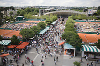 25-5-08, France,Paris, Tennis, Roland Garros, Atmosphere, view from Centercourt
