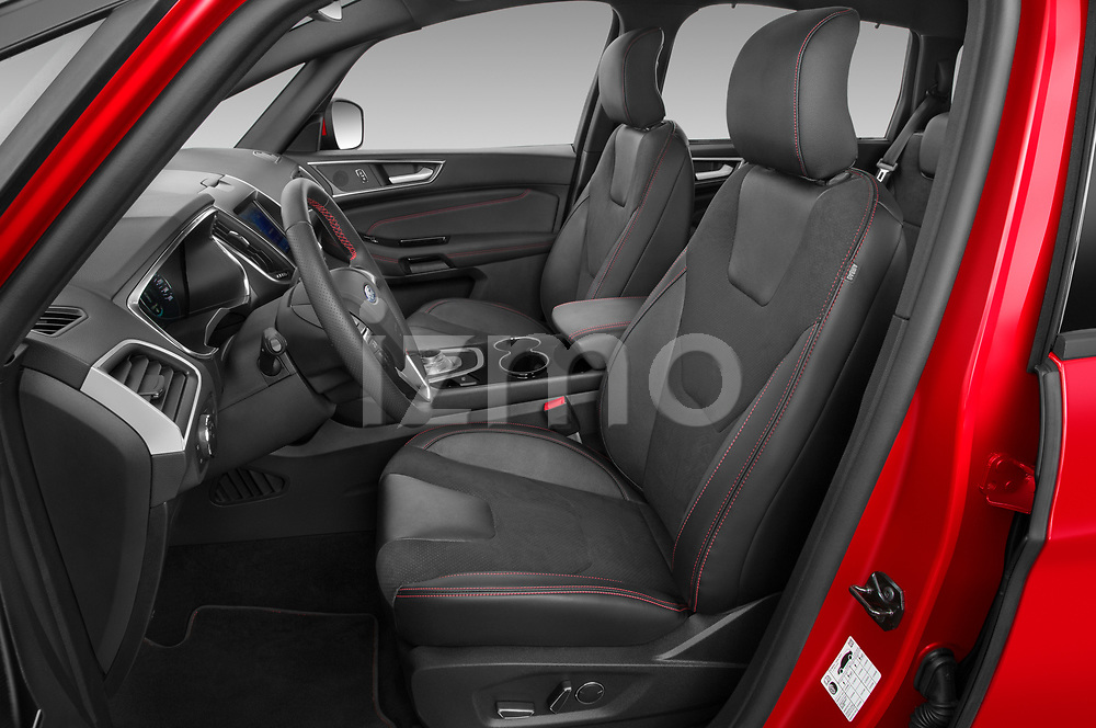 Front seat view of 2021 Ford S-Max ST-Line 5 Door Mini MPV Front Seat  car photos