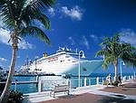 USA, Florida, Key West: Kreuzfahrtschiff am Pier | USA, Florida, Key West: cruise ship