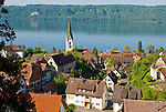 DEU, Deutschland, Baden-Wuerttemberg, Bodensee: Blick ueber Sipplingen mit Pfarrkirche St. Martin | DEU, Germany, Baden-Wuerttemberg, Lake Constance: view across Sipplingen with parish church St. Martin
