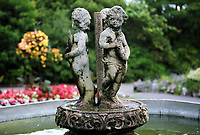 Pictured: The fountain statues. Friday 07 July 2017<br />