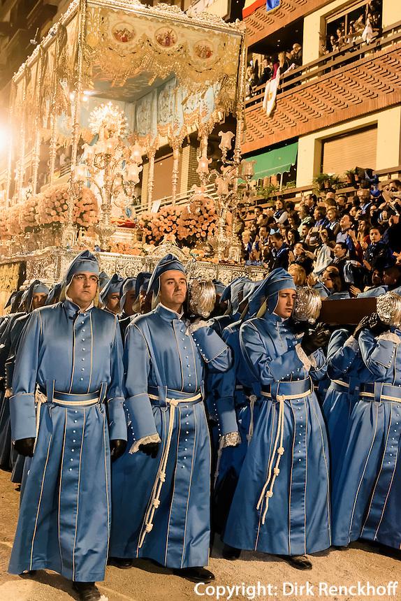 Thron Virgen de los Dolores bei  der Karfreitagsprozession der Semana Santa (Karwoche) in Lorca,  Provinz Murcia, Spanien, Europa