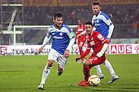 Jerome Gondorf (Darmstadt) gegen Yannick Gerhardt (Koeln) - SV Darmstadt 98 vs. 1. FC Koeln, Stadion am Boellenfalltor