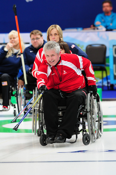 Darryl Neighbour, Vancouver 2010 - Wheelchair Curling // Curling en fauteuil roulant.<br /> Team Canada competes in Wheelchair Curling // Équipe Canada participe en curling en fauteuil roulant. 13/03/2010.