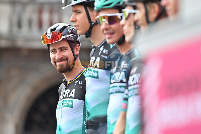 Peter Sagan (SVK) and Bora-Hansgrohe at sign on before the start of Stage 4 of the 103rd edition of the Giro d'Italia 2020 running 140km from Catania to Villafranca Tirrena, Sicily, Italy. 6th October 2020.  <br /> Picture: LaPresse/Massimo Paolone | Cyclefile<br /> <br /> All photos usage must carry mandatory copyright credit (© Cyclefile | LaPresse/Massimo Paolone)