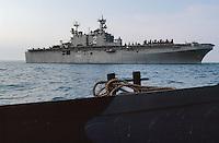 - amphibious assault ship Wasp in the Adriatic sea during operations in Bosnia-Herzegovina....- la nave da assalto anfibio Wasp in mare Adriatico durante le operazioni in Bosnia-Herzegovina