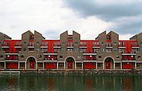 London:  Housing, Shadwell Basin, Wapping.  Macormac, Jamieson, Prichard & Wright.  Photo '90.