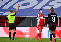 referee Lois Otte pictured giving Maurane Marinucci (7) of Standard the red card during a female soccer game between Standard Femina de Liege and RSC Anderlecht on the 8th matchday in play off 1 of the 2020 - 2021 season of Belgian Scooore Womens Super League , tuesday 18 th of May 2021  in Angleur , Belgium . PHOTO SPORTPIX.BE | SPP | DAVID CATRY