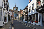 United Kingdom, England, East Sussex, Rye: Lion Street and Saint Mary's Church | Grossbritannien, England, East Sussex, Rye: Lion Street und die Saint Mary's Church