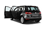 Car images of a 2014 Volkswagen GOLF SPORTSVAN Highline 5 Door Mini MPV 2WD Doors