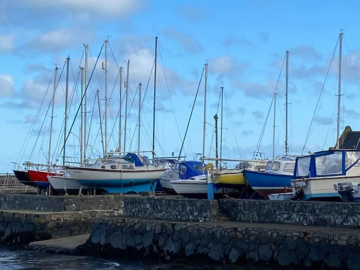 Enthusiastic Cockle Island Boat Club Prepares for April Lift-In of Boats at Groomsport