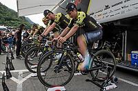 Esteban Chavez (COL/Mitchelton-Scott) & team warming up at the race start in Andorra la Vella<br /> <br /> Stage 9: Andorra la Vella to Cortals d'Encamp (94km) - ANDORRA<br /> La Vuelta 2019<br /> <br /> ©kramon