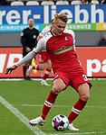 17.10.2020, Schwarzwald Stadion, Freiburg, GER, 1.FBL, SC Freiburg vs SV Werder Bremen<br /><br />im Bild / picture shows<br />Philipp Lienhart (Freiburg)<br /><br />Foto © nordphoto / Bratic<br /><br />DFL REGULATIONS PROHIBIT ANY USE OF PHOTOGRAPHS AS IMAGE SEQUENCES AND/OR QUASI-VIDEO.