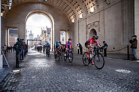 chasing group rolling through the Menin Gate (War Memorial)<br /> <br /> 9th Gent-Wevelgem in Flanders Fields 2020<br /> Elite Womens Race (1.WWT)<br /> <br /> One Day Race from Ypres (Ieper) to Wevelgem 141km<br /> <br /> ©kramon