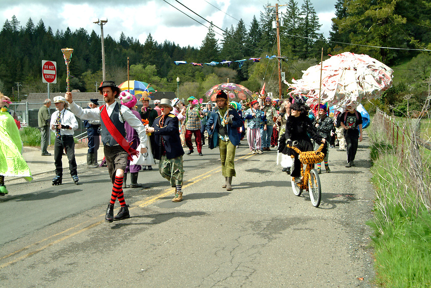 Attendees dress up in strange costumes for the annual Occidental California Fools' Day Parade.  The parade gets off to a raucous start.