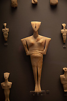 Athens archeological museum Cycladic marble figurines