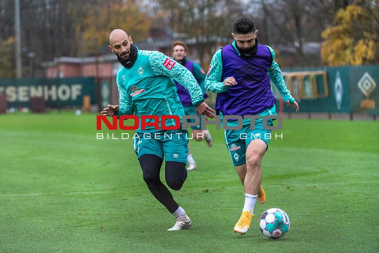 17.11.2020, Trainingsgelaende am wohninvest WESERSTADION - Platz 12, Bremen, GER, 1.FBL, Werder Bremen Training<br /> <br /> Im Zweikampf uwischen Ömer / Oemer Toprak (Werder Bremen #21) und Milot Rashica (Werder Bremen #07)<br />  ,Ball am Fuss,  Querformat<br /> <br /> <br /> <br /> Foto © nordphoto / Kokenge