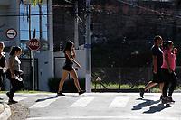 Campinas (SP), 21/06/2020 - Saude - Movimentação de pessoas praticando exercicios fisicos sem uso de mascara, neste domingo (21), entorno da Lagos do Taquaral, na cidade de Campinas (SP).