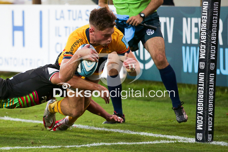 2 October 2021; Ethan McIlroy of Ulster dives over to score a try during the United Rugby Championship match between Zebre and Ulster at Stadio Sergio Lanfranchi in Parma, Italy. Photo by Roberto Bregani/Dicksondigital