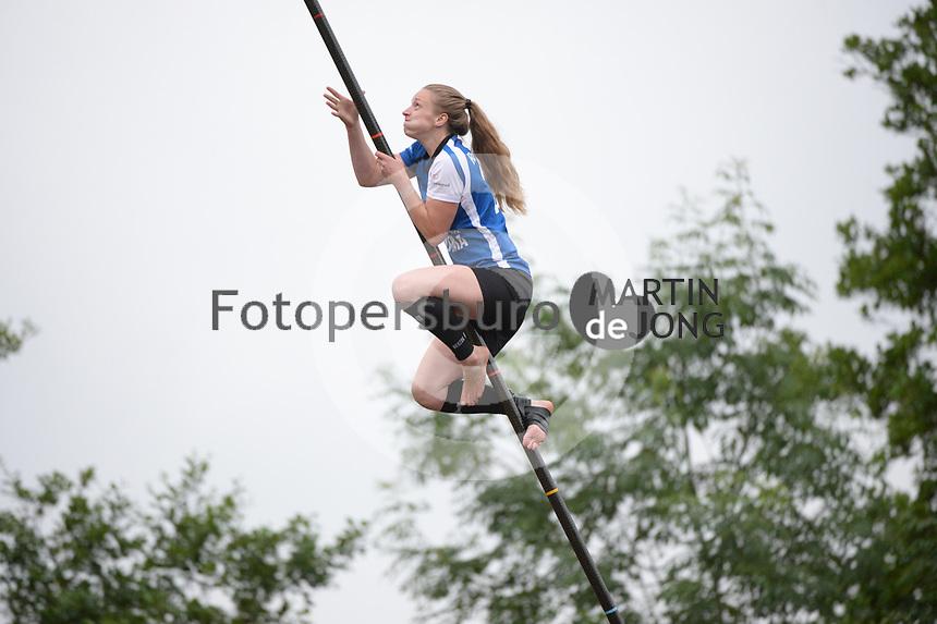 FIERLJEPPEN: IT HEIDENSKIP: 30-06-2021, Marrit van der Wal, ©foto Martin de Jong