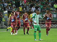 MEDELLÍN - COLOMBIA, 25-07-2018: Jugadores de Deportes Tolima celebran después de anotar el segundo gol a Atlético Nacional durante partido por la fecha 1 de la Liga Águila II 2018 jugado en el estadio Atanasio Girardot de la ciudad de Medellín. / Players of Deportes Tolima celebrate after scoring the second goal to Atletico Nacional during match for the date 1 of the Aguila League II 2018 at Atanasio Girardot stadium in Medellin city. Photo: VizzorImage/León Monsalve/Cont