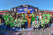 #18: Kyle Busch, Joe Gibbs Racing, Toyota Camry Interstate Batteries victory lane