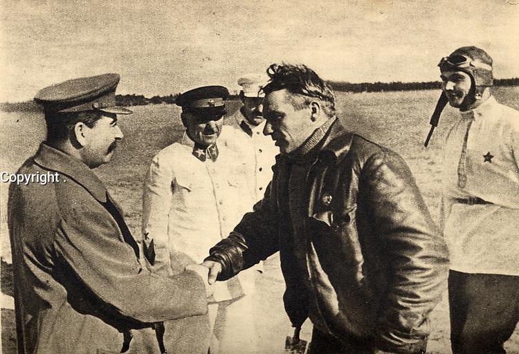 chkalov, Stalin, , belyakov, aug 10, 1936