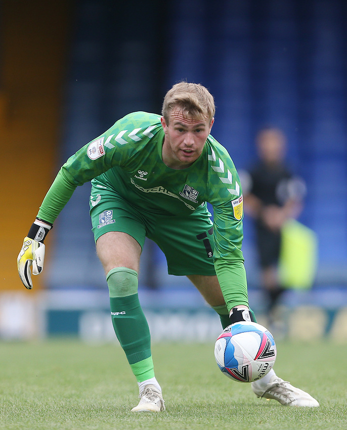 Southend United's Harry Seaden<br /> <br /> Photographer Rob Newell/CameraSport<br /> <br /> EFL Trophy Southern Section Group A - Southend United v West Ham United U21 - Tuesday 8th September 2020 - Roots Hall - Southend-on-Sea<br />  <br /> World Copyright © 2020 CameraSport. All rights reserved. 43 Linden Ave. Countesthorpe. Leicester. England. LE8 5PG - Tel: +44 (0) 116 277 4147 - admin@camerasport.com - www.camerasport.com