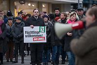 Etwa 100 Menschen protestierten am Samstag den 24. Januar 2015 im saechsichen Hoyerswerda gegen einen Aufmarsch der Rechten Pegida-Guppe Hoygida.<br /> 24.1.2015, Hoyerswerda<br /> Copyright: Christian-Ditsch.de<br /> [Inhaltsveraendernde Manipulation des Fotos nur nach ausdruecklicher Genehmigung des Fotografen. Vereinbarungen ueber Abtretung von Persoenlichkeitsrechten/Model Release der abgebildeten Person/Personen liegen nicht vor. NO MODEL RELEASE! Nur fuer Redaktionelle Zwecke. Don't publish without copyright Christian-Ditsch.de, Veroeffentlichung nur mit Fotografennennung, sowie gegen Honorar, MwSt. und Beleg. Konto: I N G - D i B a, IBAN DE58500105175400192269, BIC INGDDEFFXXX, Kontakt: post@christian-ditsch.de<br /> Bei der Bearbeitung der Dateiinformationen darf die Urheberkennzeichnung in den EXIF- und  IPTC-Daten nicht entfernt werden, diese sind in digitalen Medien nach §95c UrhG rechtlich geschuetzt. Der Urhebervermerk wird gemaess §13 UrhG verlangt.]